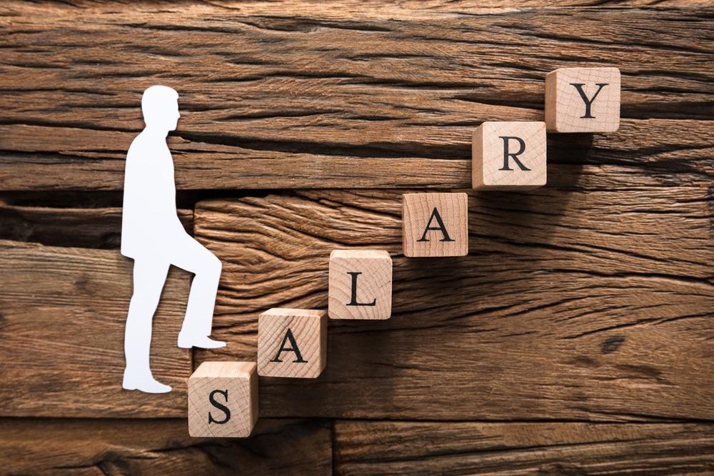 自分の給料が受け取れない 事業者で売掛金があるならファクタリングが活用できる